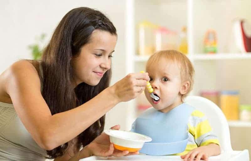9 aylık bebek beslenmesi ve ev yemekleri