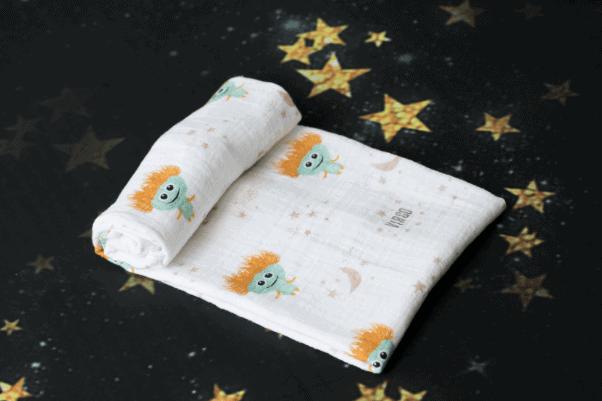 Momeasy Horoscope Müslin Örtü - Başak Burcu
