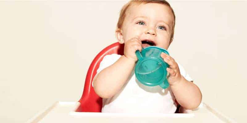 bebek su içmeye ne zaman başlamalı