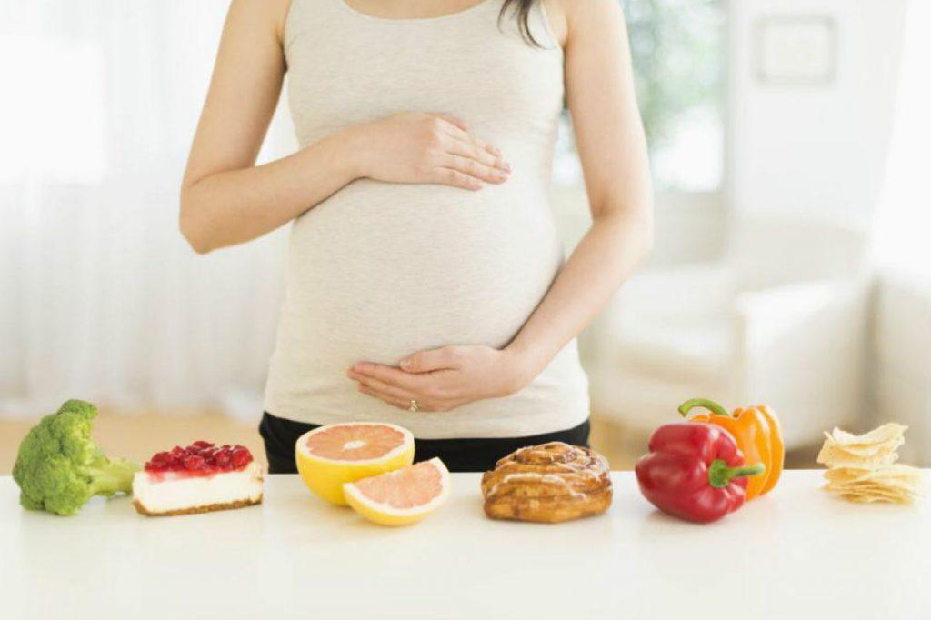 hamilelikte bebeğin beyin gelişimi için ne yenmeli