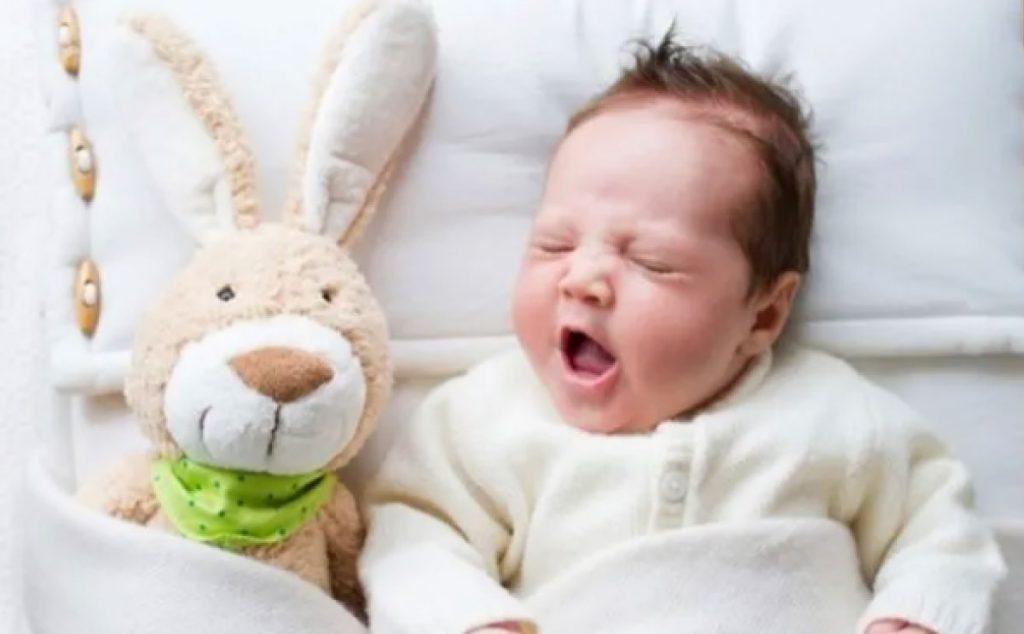 Bebek Uyku Düzeni Nasıl Sağlanır