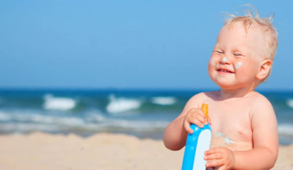 Bebek Güneş Kremi önerileri alırken İçeriğe Dikkat