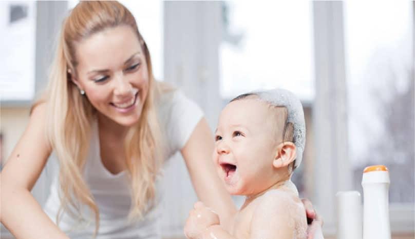 Bebekler İçin Nasıl Bir Şampuan Seçmek Gerekir