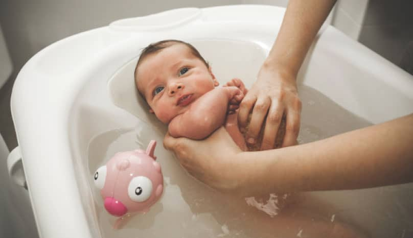 Bebekler ne zaman yıkanmalı?
