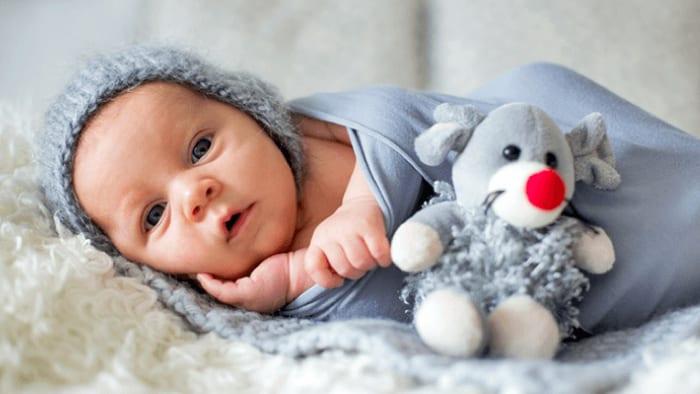 1 Aylık Bebek Neler Yapabilir