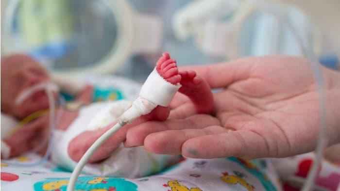 29 Haftalık Doğan Bebek Yaşar Mı