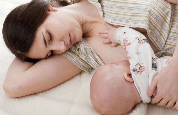 11 Aylık Bebek Emzirme Düzeni