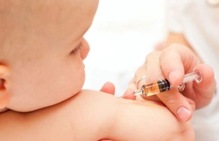 1 Yaş Bebek Aşıları