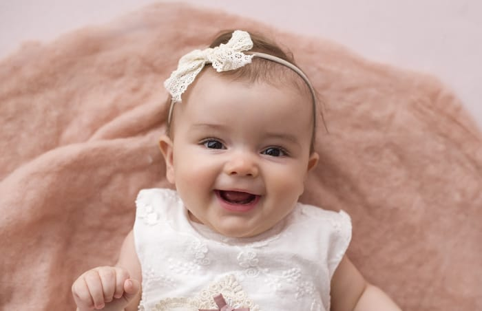 6 Aylık Kız Bebek Kaç Kilo Olmalı