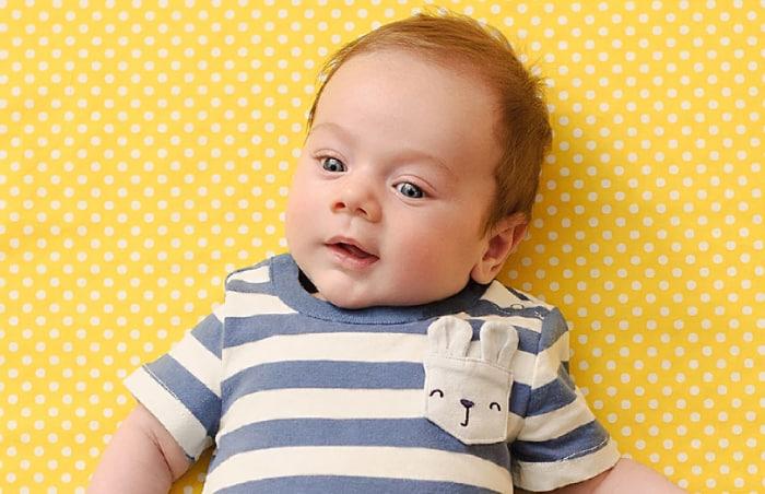 8 Aylık Bebek Fiziksel Gelişimi