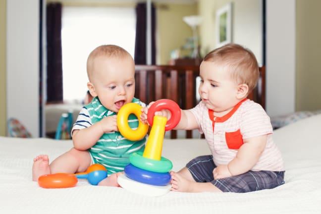 22 Aylık Bebeğin Sosyal Gelişimi