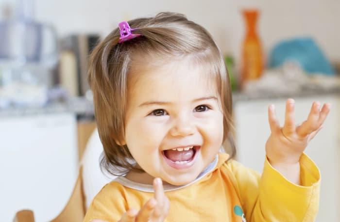 23 Aylık Bebeğin Sosyal Gelişimi