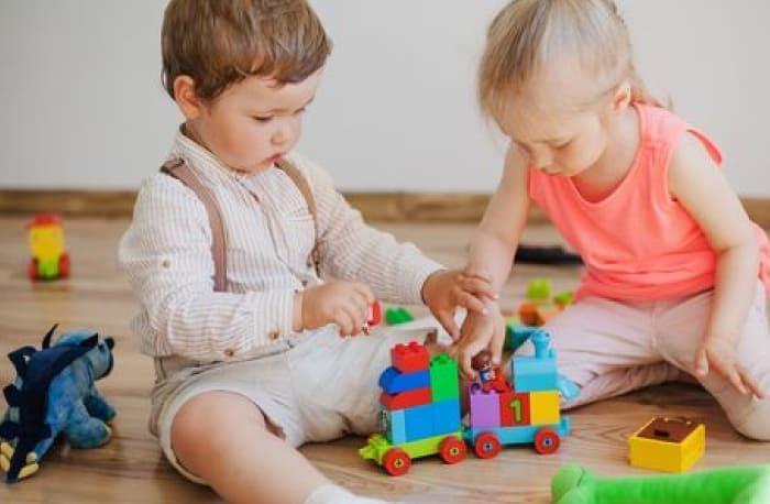 43 44 45 Aylık Bebek Oyunları ve Oyuncakları