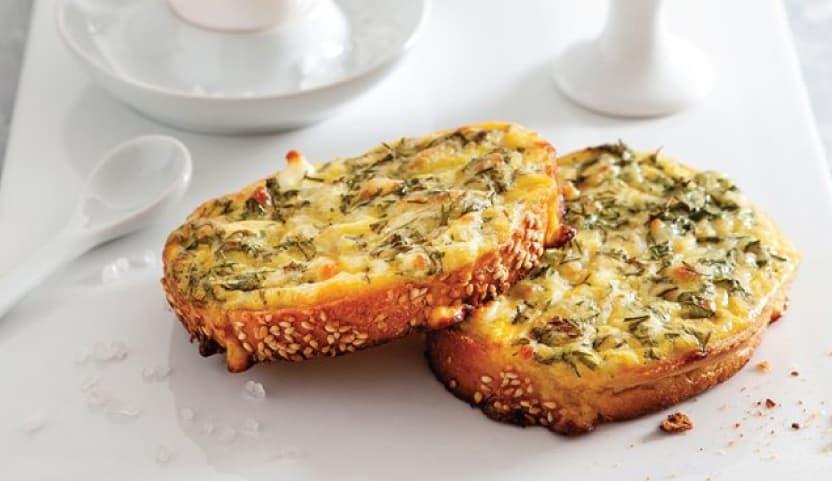 8 Aylık Bebek Kahvaltısı Örnek Menü 1: Yumurtalı Ekmek
