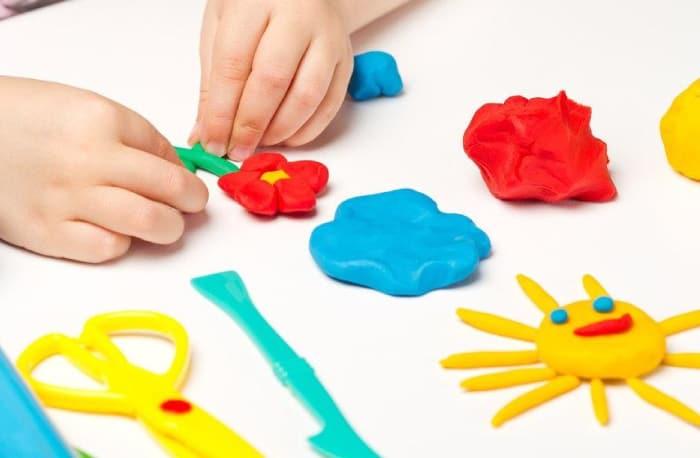Rengarenk Oyun Hamuru, Onlarca Gelişimsel Fayda