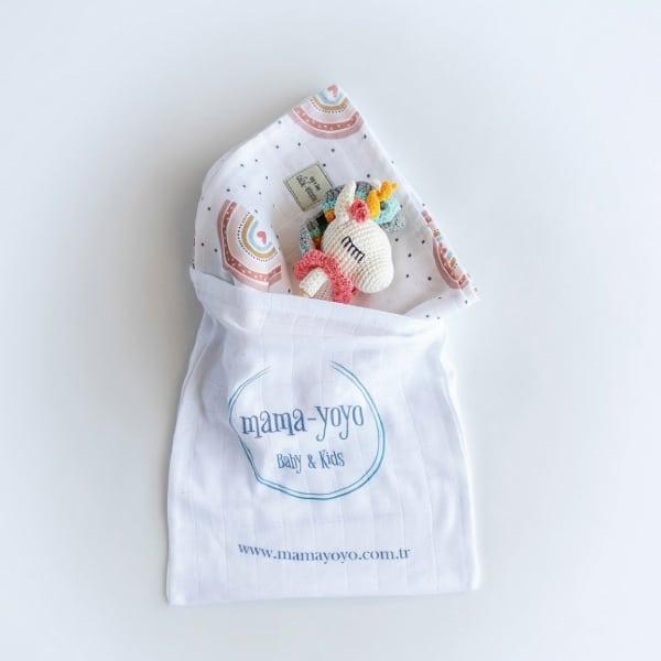 Mama Yoyo Çok Amaçlı Organik Müslin Örtü // Oyuncak Hediye Seti | Rainbow 2