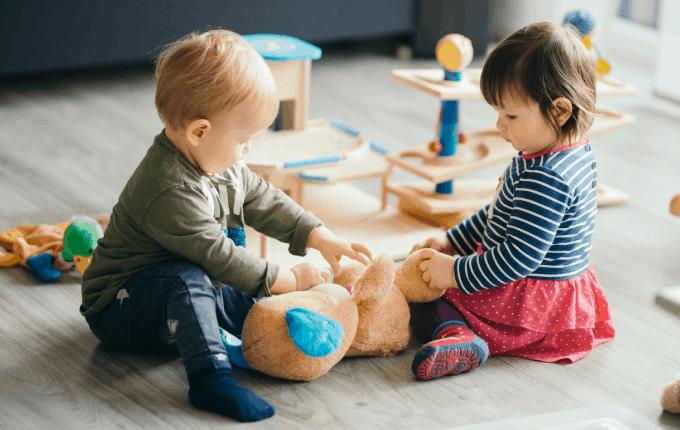 Okul Öncesi Oyunlar ile Paylaşmayı Öğreniyor