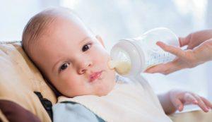 Bebeğe Süt Ne Zaman Verilir? | Süt Alerjisi Nedir?